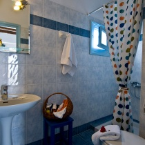 rooms-camares-sikinos-cyclades-2